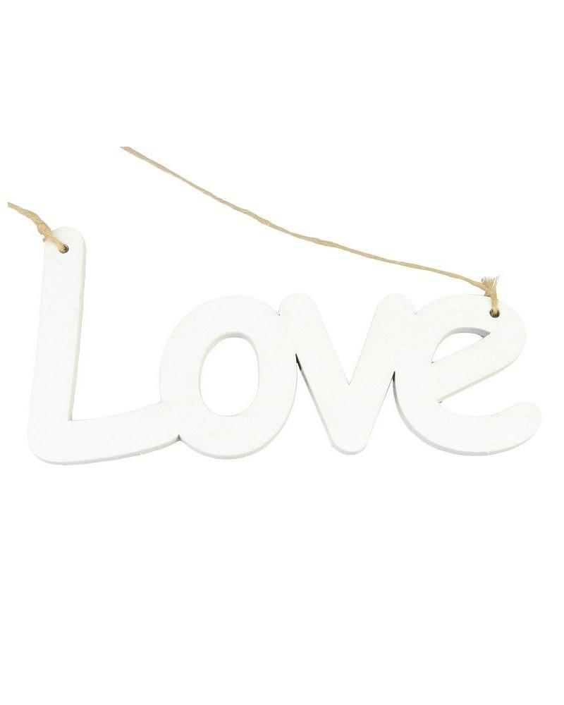 Drewniany napis Love na sznurku
