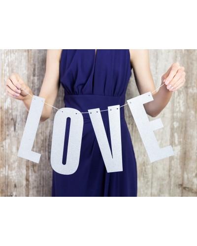 Girlanda srebrna LOVE na sznurku