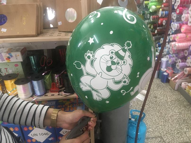 balon z helem wielkosc