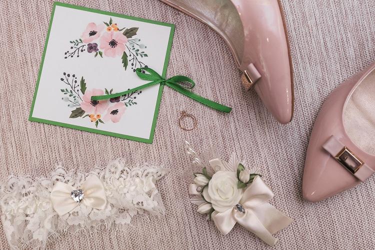materiały ślubne